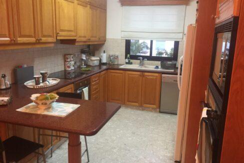 Kitchen Scaled