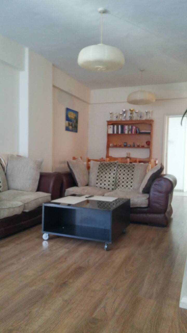 3 Bedroom renovated apartment in White Arches