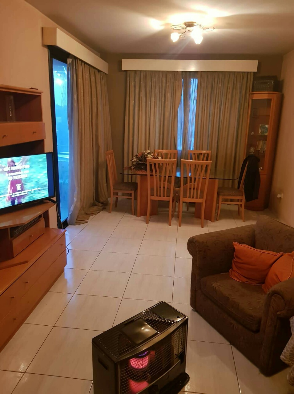 3 bedroom large apartment in a small building with double parking
