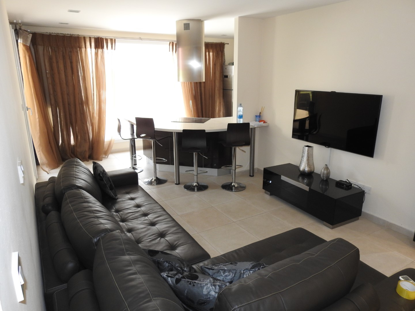 Two bedroom flat in Limassol near Crown Plaza Hotel 50m from the beach