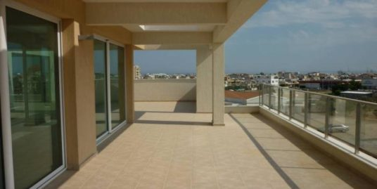 MAKEDONIA PARK 3 BED APARTMENT