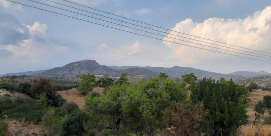 Big plots of land in Monagrouli