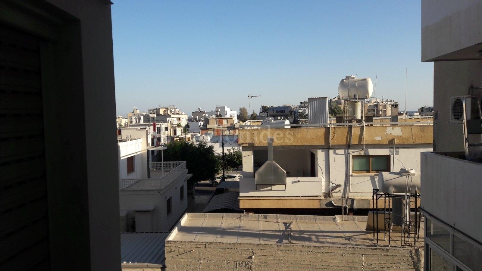 2 bedroom apartment in city center Agia Zoni