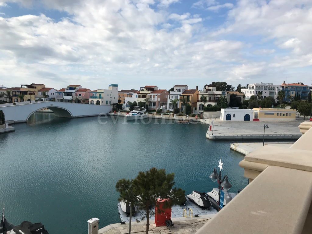 Fantastic waterfront full sea view 3 bedroom apartment in Limassol Marina.