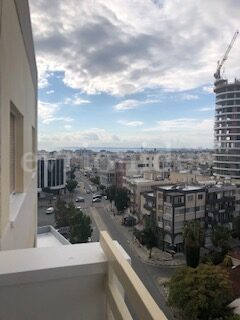 3 bedroom apartment with sea view in Ariel area