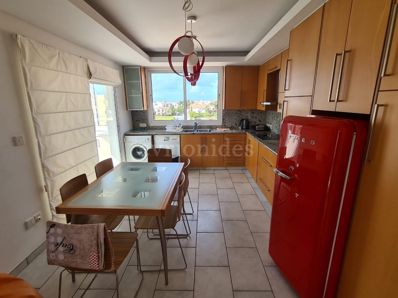 3 bedroom fully furnished apartment near Alfa Mega Kapsalos