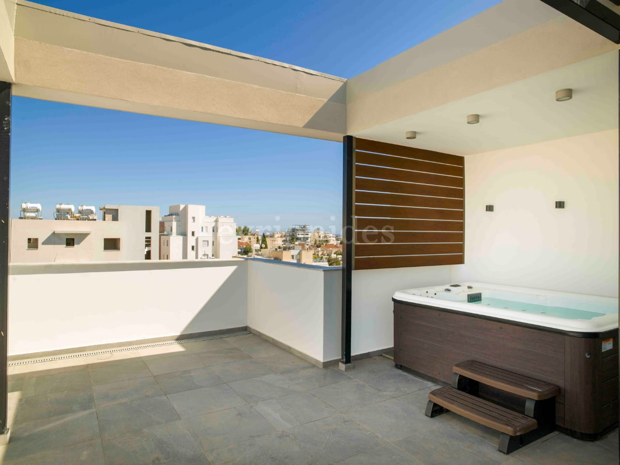 New Three Bedroom Penthouses with Roof Garden in Katholiki area