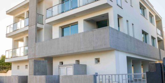 New 2 bedroom luxury penthouse with roof garden in Germasogeia