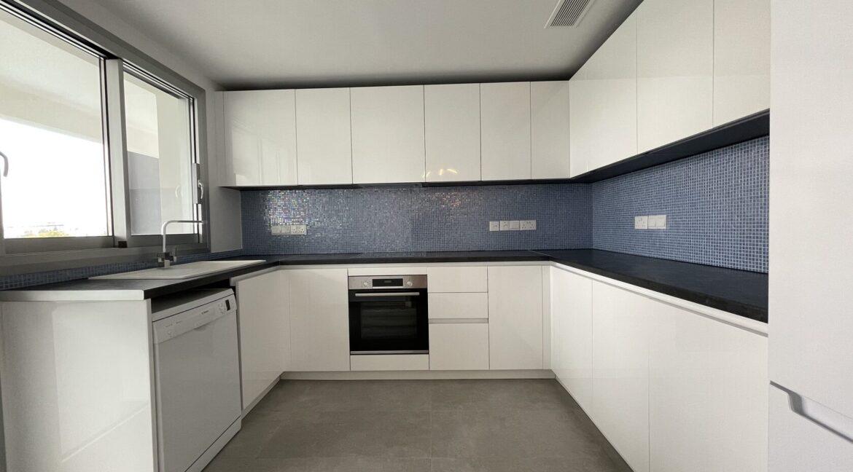 104 2 Kitchen 2