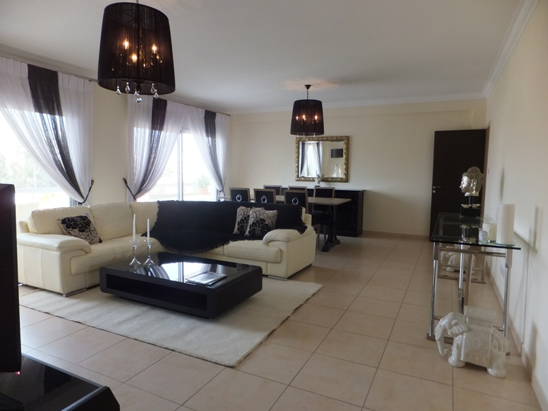 Exclusive Modern 3 Bedroom Apartment In Crowne Plaza Area (3)
