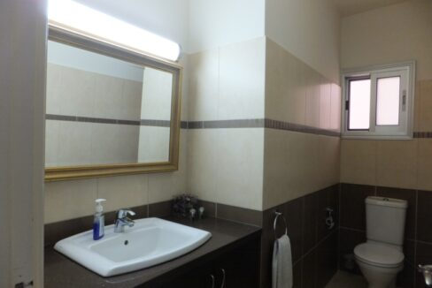 Exclusive Modern 3 Bedroom Apartment In Crowne Plaza Area (4)