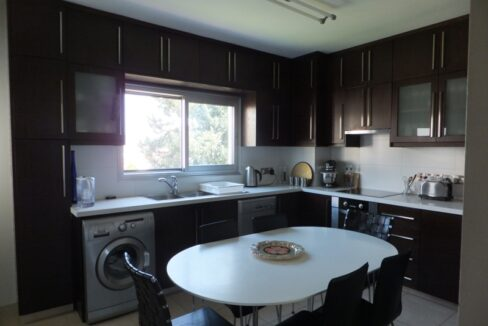 Exclusive Modern 3 Bedroom Apartment In Crowne Plaza Area (5)