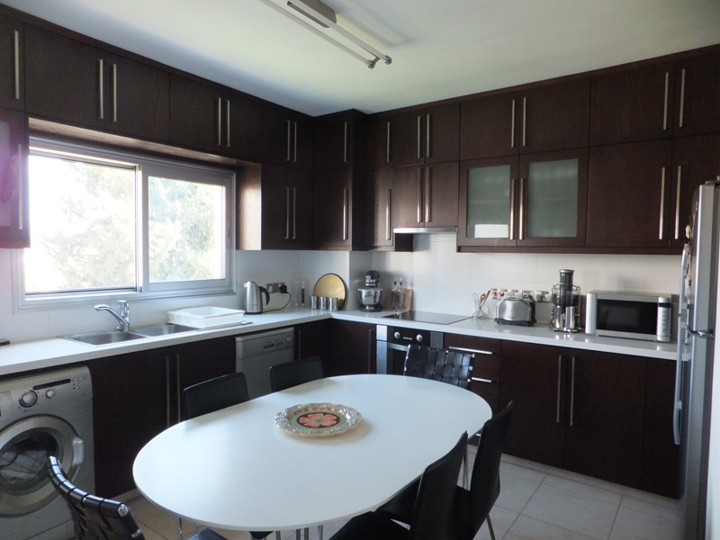 Exclusive Modern 3 Bedroom Apartment In Crowne Plaza Area (6)