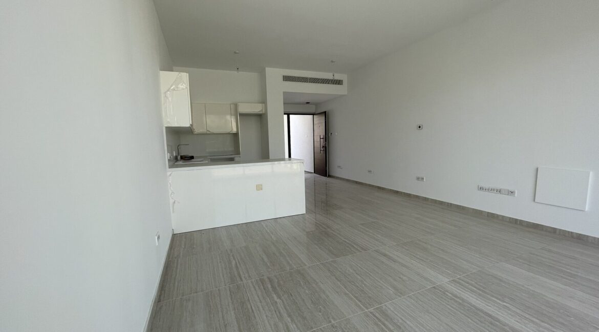 Three Bedroom Three Floors Townhouse In The New Secured Complex (17)