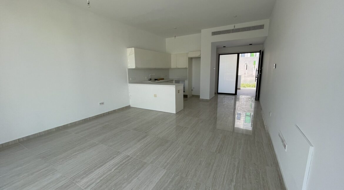 Three Bedroom Three Floors Townhouse In The New Secured Complex (18)