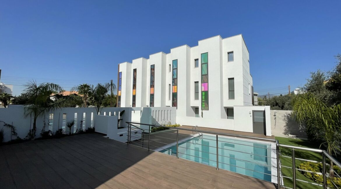 Three Bedroom Three Floors Townhouse In The New Secured Complex (28)