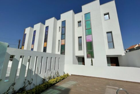 Three Bedroom Three Floors Townhouse In The New Secured Complex (29)