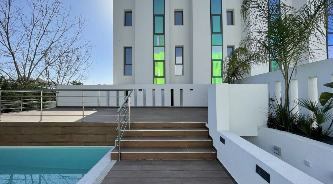 Three Bedroom Three Floors Townhouse In The New Secured Complex (30)
