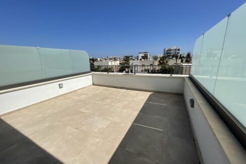 Three Bedroom Three Floors Townhouse In The New Secured Complex (4)