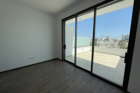 Three Bedroom Three Floors Townhouse In The New Secured Complex (7)