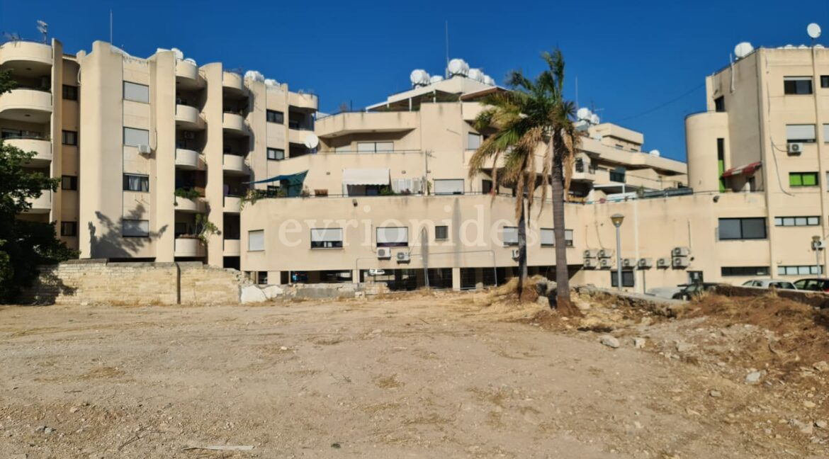 Residential Plot Of Land In A Prime Location (4)