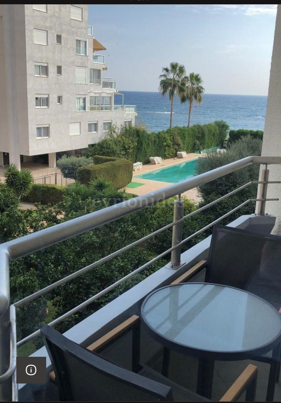 Sea view one bedroom apartment on the beach